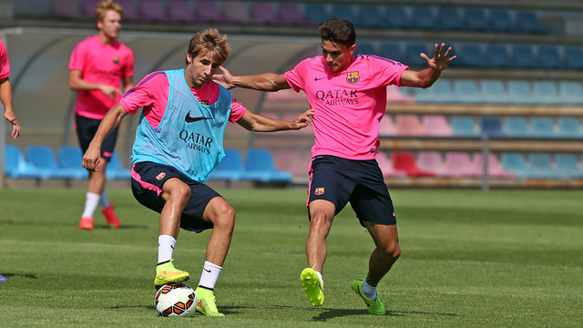 Sergi Samper and Marc Bartra were among the players that trained this morning / PHOTO: MIGUEL RUIZ - FCB
