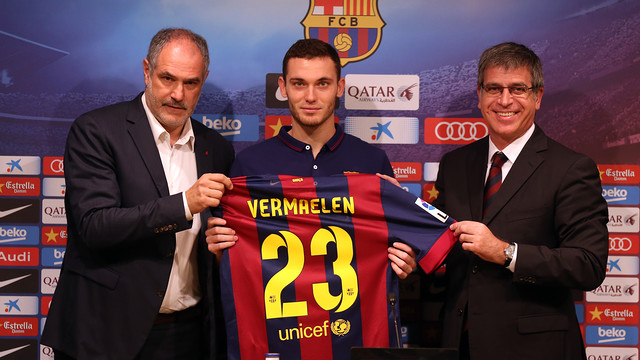 Thomas Vermaelen, with Zubizarreta and Jordi Mestre