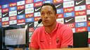 Adriano, pendant la conférence de presse / PHOTO: MIGUEL RUIZ-FCB