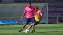 Alves and Samper were among the players that trained this morning / PHOTO: MIGUEL RUIZ-FCB