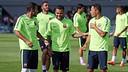 Alves, en el entrenamiento del martes. FOTO: MIGUEL RUIZ-FCB.