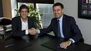 Sergi Roberto avec le président Bartomeu / PHOTO: VÍCTOR SALGADO - FCB