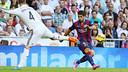 La passe de Suárez sur le premier but / PHOTO: MIGUEL RUIZ - FCB
