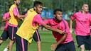 Neymar y Rafinha, en el entrenamiento de este viernes. FOTO: MIGUEL RUIZ-FCB.