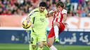 Messi et Dubarbier, pendant le match / PHOTO: MIGUEL RUIZ-FCB.