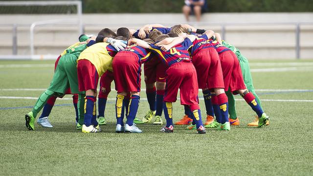 مدرسة نادي برشلونة FCBESCOLA 2015-09-20FCBBENJAMIAvsSANTBOINAVICTOR_pic_2015-09-20_fcbbenjamiavssantboiana_02.v1444317257