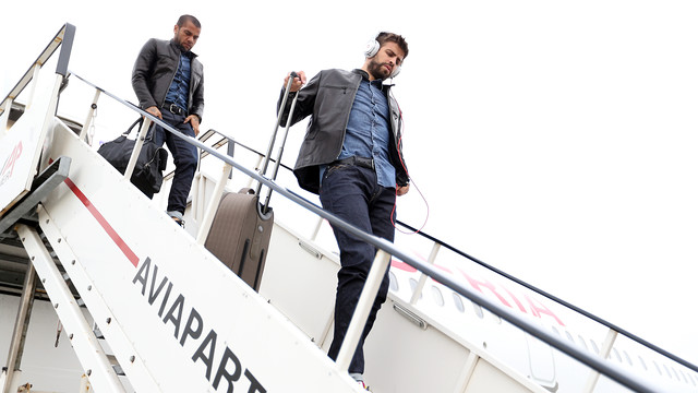 Piqué and Alves are among the travelling party / PHOTO: FCB ARCHIVE