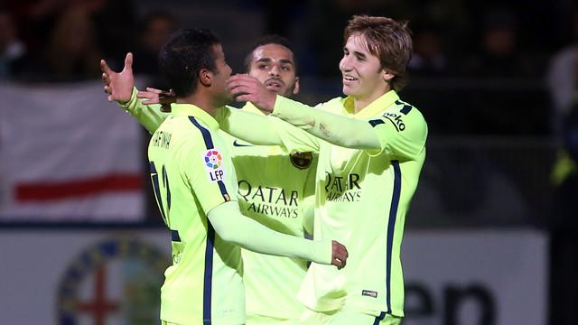 Samper and Rafinha celebrating against Huesca / PHOTO: MIGUEL RUIZ-FCB