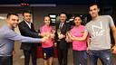 Cheers! From left to right, Xavi, Luis Enrique, Iniesta, Bartomeu, Messi & Busquets / PHOTO: MIGUEL RUIZ-FCB