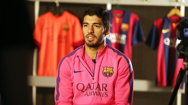 Luis Suárez was giving an exclusive interview to the FC Barcelona media / PHOTO: MIGUEL RUIZ - FCB