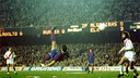 Krankl scoring a spectacular overhead kick against Rayo  / PHOTO: FCB ARCHIVE