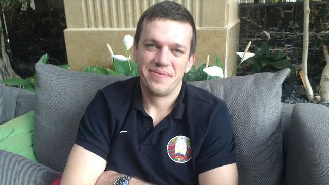 Rutenka en el hotel de concentración de Bielorrusia en Doha / FOTO: FCB