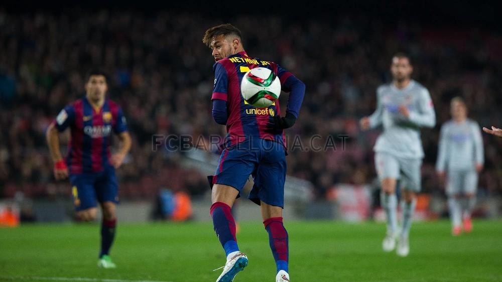 صور : مباراة برشلونة - أتليتيكو مدريد 1-0 ( 20-01-2015 )  Pic__GPF4540-Optimized.v1421879899