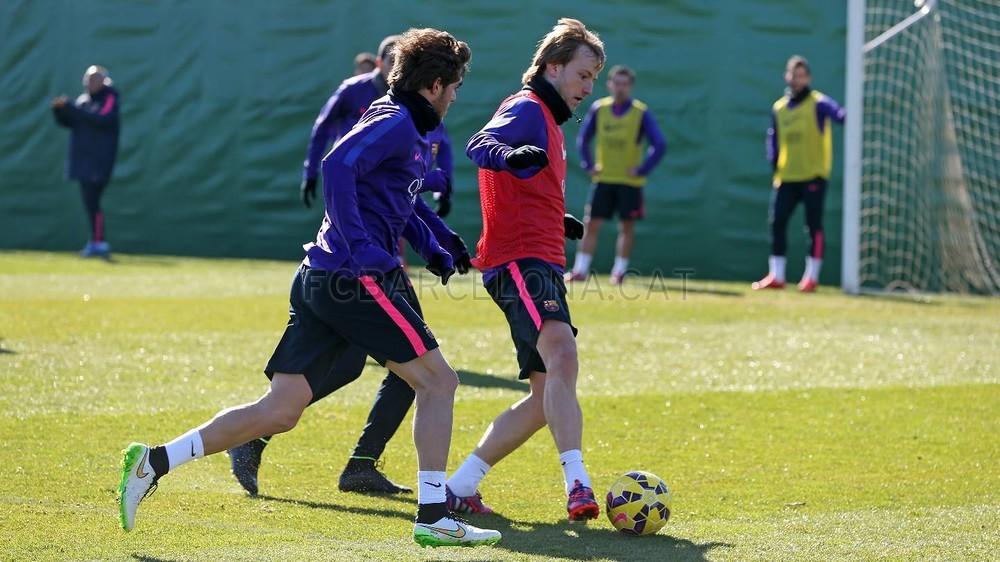 صور : برشلونة يواصل استعداداته لمواجهة اتليتك بلباو 2015-02-06_ENTRENO_49-Optimized.v1423231277