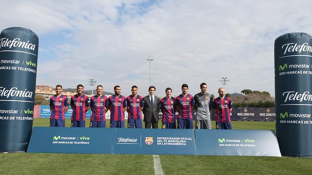 Para pemain amerika latin Barça berfoto bersama