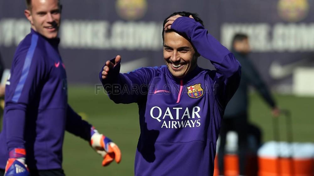 تدريبات برشلونة تشهد غياب ألبا 2015-02-22_ENTRENO_05-Optimized.v1424606277