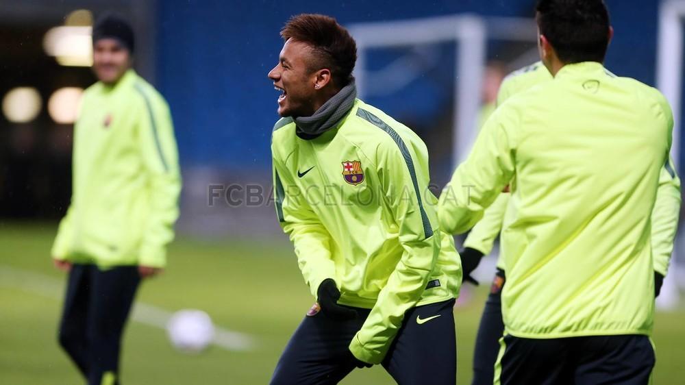 صور : أجواء رائعة في تدريبات برشلونة على ملعب الاتحاد MRG11870-Optimized.v1424722972