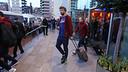 Gerard Piqué a la sortida de l'hotel de concentració a Manchester / MIGUEL RUIZ - FCB