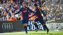 Gerard Piqué celebrates his goal against Rayo Vallecano. / VICTOR SALGADO - FCB