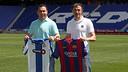 Sergio González i Luis Enrique, amb les samarretes, al Power8 Stadium / MIGUEL RUIZ - FCB