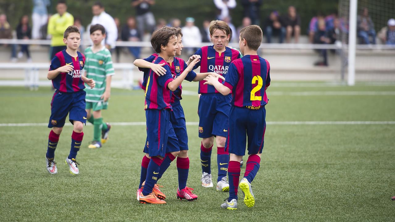 El Benjamí A va superar el Cornellà i va proclamar-se campió de Lliga / VÍCTOR SALGADO - FCB