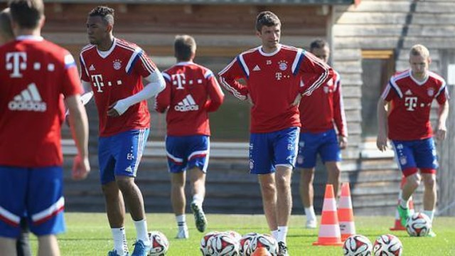 Bayern Munich train earlier this season. / fcbayern.de