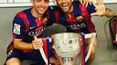 Xavi i Alves amb el títol de Lliga / INSTAGRAM