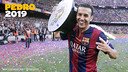 Pedro celebrates with the Liga trophy
