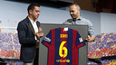 Xavi and Iniesta during the Club's official farewell ceremony. / MIGUEL RUIZ-FCB