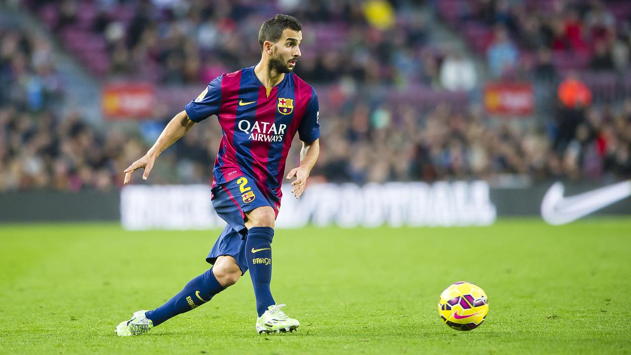 Martín Montoya, en un partit de la temporada 2014/15 amb el Barça / VÍCTOR SALGADO - FCB