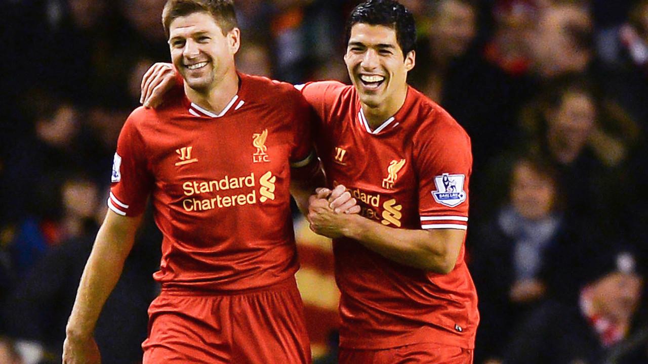 Gerrard dan Suárez, saat mereka berdua di Liverpool / LIVERPOOL FC