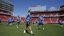 Rakitic y sus compañeros, en el Levi's Stadium de Santa Clara / MIGUEL RUIZ-FCB