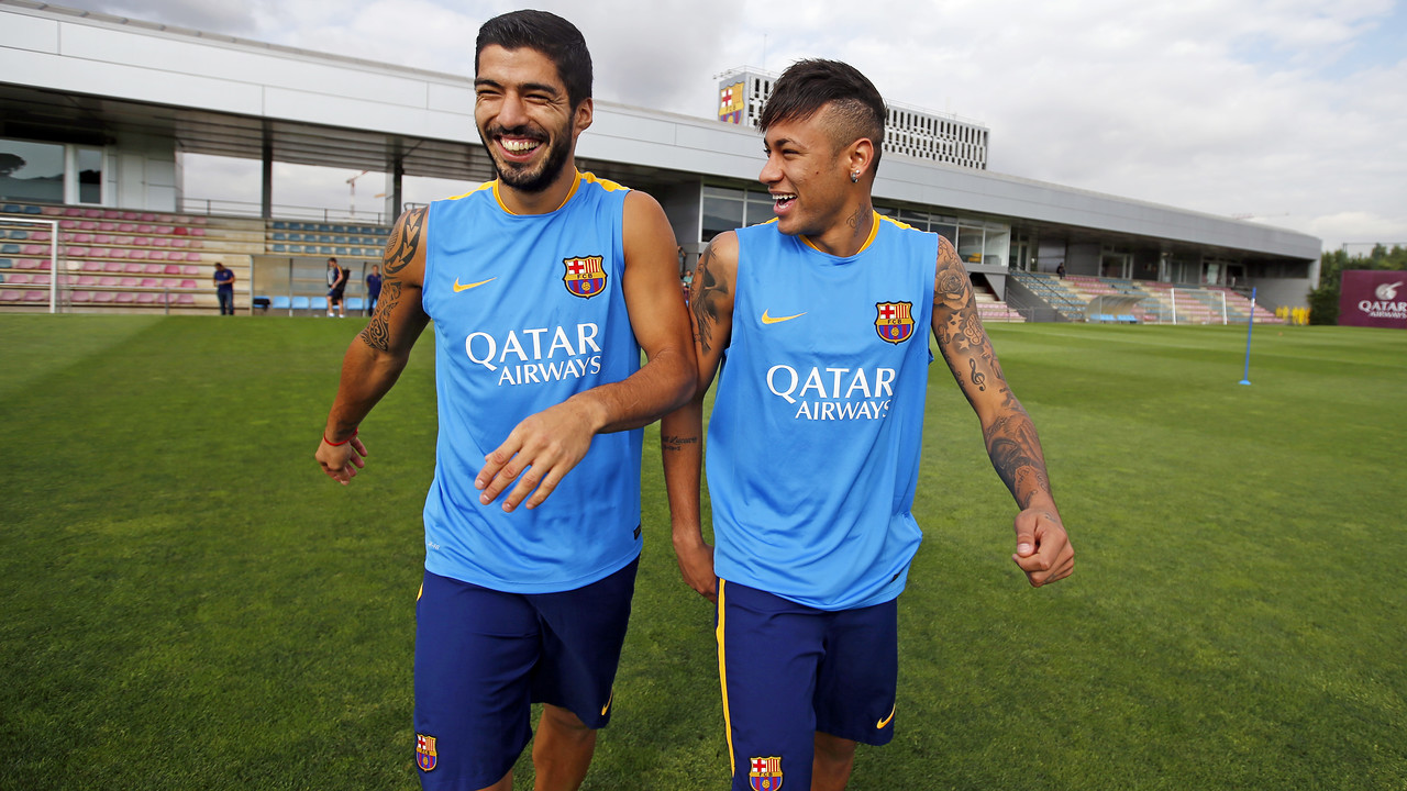 Luis Suárez and Neymar Jr train with the team / MIGUEL RUIZ-FCB