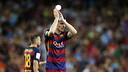 Vermaelen goes off to a standing ovation / MIGUEL RUIZ-FCB
