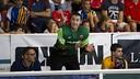 Aitor Egurrola animando durante el partido / VICTOR SALGADO-FCB