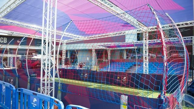 Minicampo de fútbol instalado en las últimas elecciones a la presidencia.