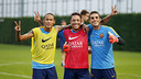Neymar Jr, Adriano and Masip at the end of the session / MIGUEL RUIZ - FCB