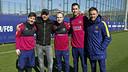 Eros Ramazzotti with Messi, Iniesta, Sergio and Luis Enrique at the Ciutat Esportiva / MIGUEL RUIZ - FCB