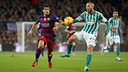 Luis Suárez scored two second-half goals to help Barça beat Betis at Camp Nou back in December. / MIGUEL RUIZ - FCB
