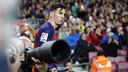 Leo Messi, fotografiado antes de servir un córner, quiere tener una fotografía final con el título de Liga / MIGUEL RUIZ-FCB