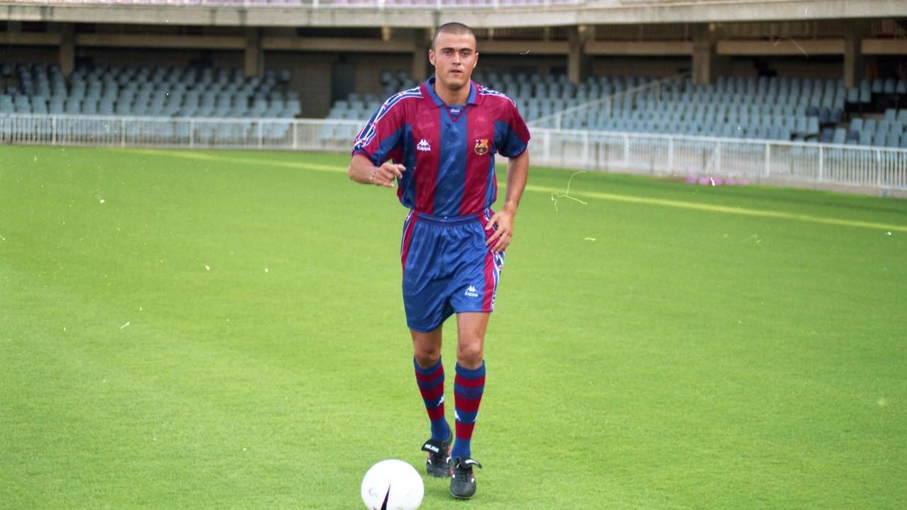 Luis Enrique, di hari ia diperkenalkan sebagai pemain FC Barcelona / ARXIU FCB